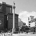 San Francisco - Union Square - 5d17933 - Black And White by Wingsdomain Art and Photography
