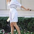 Sarah Jessica Parker Wearing A Halston by Everett