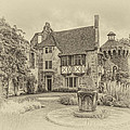 Scotney Castle by Chris Thaxter