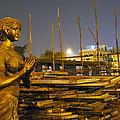 Sculpture Of A Woman by Sumit Mehndiratta