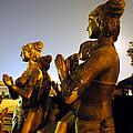 Sculpture Of Women by Sumit Mehndiratta