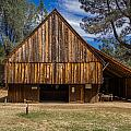 Shasta Barn by Greg Nyquist