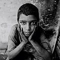 Shoeshine Boy In Jaipur by Shaun Higson