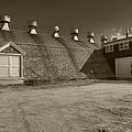 Southampton Potato Barn by Steve Gravano