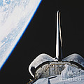 Space Shuttle Endeavour by Science Source
