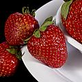 Strawberry Arrangement With A White Bowl No.0036 by Randall Nyhof