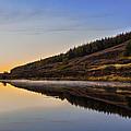Suilven Across Loch Craggie by Derek Beattie