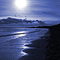 Sun At The Shore II by David Pringle
