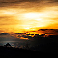Sunset Kiss by Peerawat Saowakhon