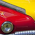 Taxi De Soto by Garry Gay