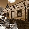 The Cardrona Hotel by Paul Svensen