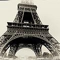 The Eiffel Tower by Hakon Soreide