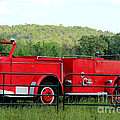 The Old Red Fire Engine by Kathy  White