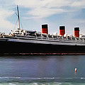 The Queen Mary by Bill Cannon