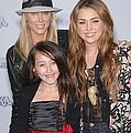 Tish Cyrus, Noah Cyrus, Miley Cyrus by Everett