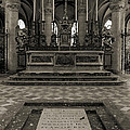 Tomb Of William The Conqueror by RicardMN Photography