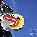 Totem Pole 10 by Bob Christopher