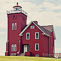 Two Harbors Lighthouse by Pam  Holdsworth