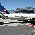 United Airlines Jet Airplane At San Francisco Sfo International Airport - 5d17112 by Wingsdomain Art and Photography
