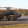 U.s. Army Helicopters At The Letzlingen by Timm Ziegenthaler