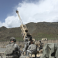 U.s. Soldiers Prepare To Fire by Stocktrek Images