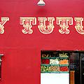 Uy Tutuy by Tony Maduro