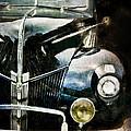 Vintage Ford by Jill Battaglia