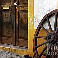 Wagon Wheel by Carlos Caetano