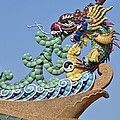 Wat Chaimongkol Pagoda Dragon Finial Dthb787 by Gerry Gantt