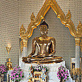 Wat Traimit Golden Buddha Dthb964 by Gerry Gantt