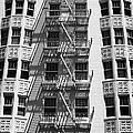 White Building by Hideaki Sakurai
