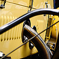 Yellow Rolls Royce by Robert Festerling