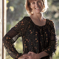 Angela Moyer - Artist