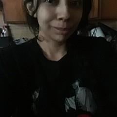 Ariana Torralba - Artist