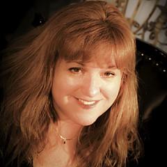 Janine Moore - Artist