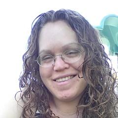 Kari Holmes