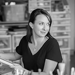 Liz Martinez - Artist
