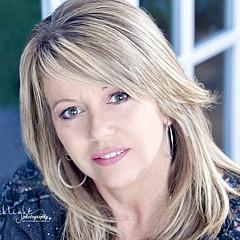 Tammy Smith - Artist