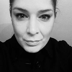 Jennifer Reyna - Artist