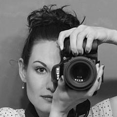 Danielle Smith - Artist