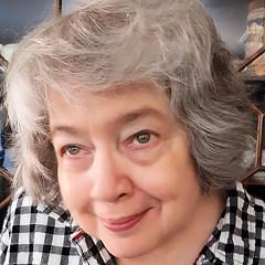 Linda McCarthy - Artist