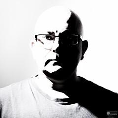 Ian Thompson - Artist