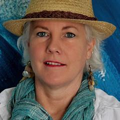 Amie Kroll - Artist