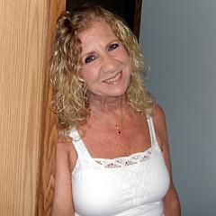 Anne Rhodes