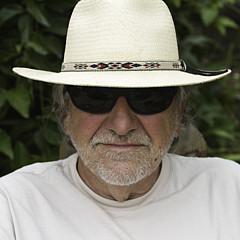 Bernard  Barcos