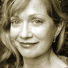 Carola Joyce