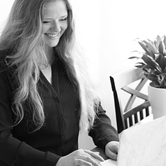 Charlotte Lundqvist - Artist