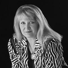 Donna Corless - Artist
