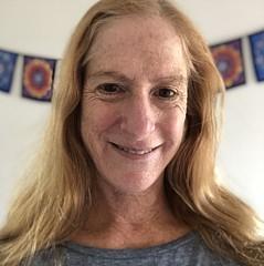 Donna Pagakis - Artist