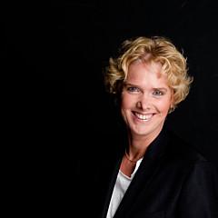 Esther Branderhorst - Artist